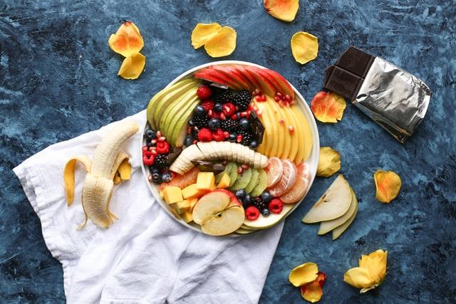 ダイエットに効果的な間食の食べ方